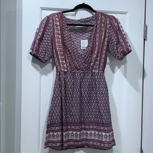 Urban outfitters dress never worn- silk has tags